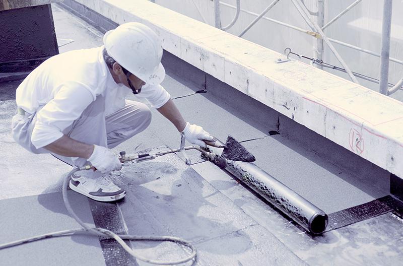 アスファルト防水工事